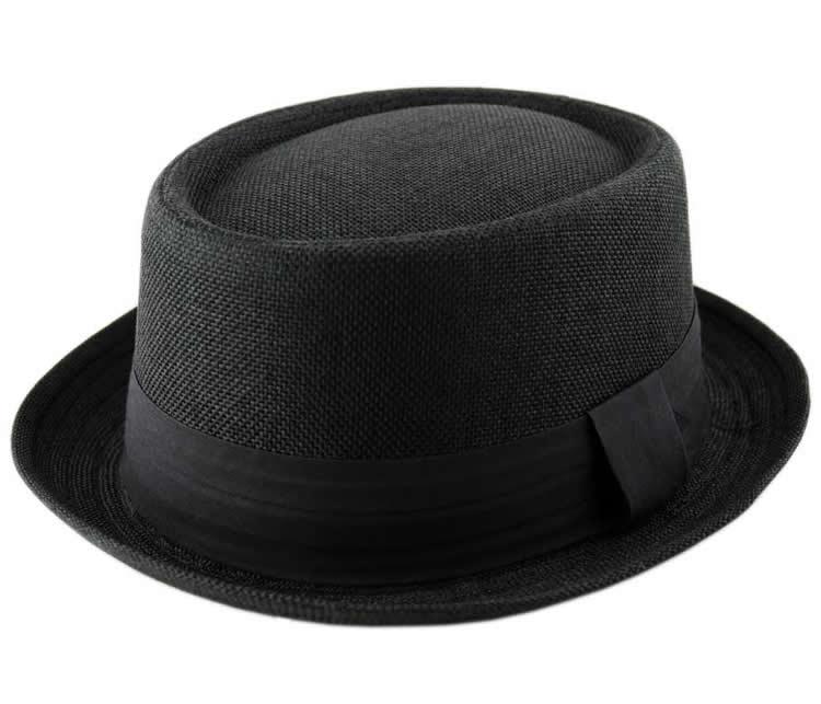 Breaking Bad  stile di Heisenberg. Colore - Nero. Disponibile nelle taglie  - 56cm 5b7049b18f10